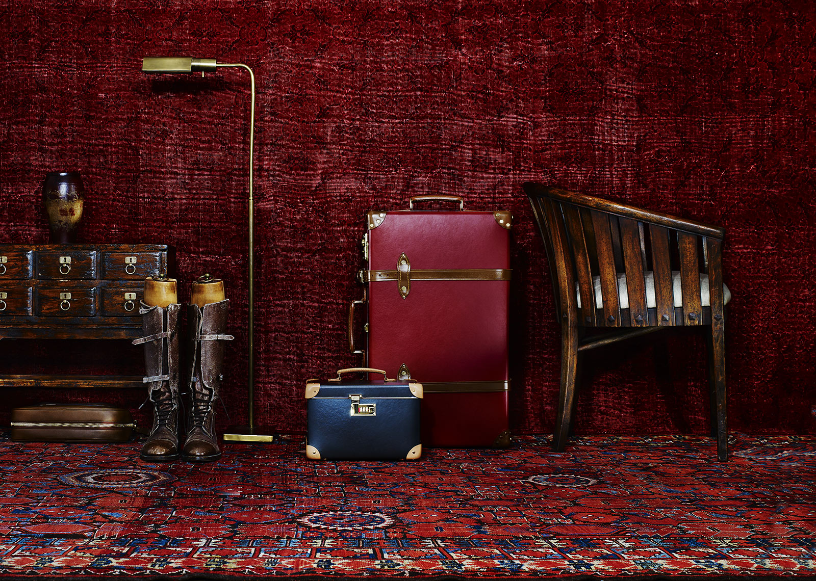YYZ_Luggage_RED